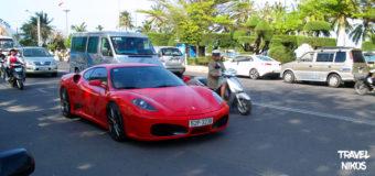 Ferrari και Rolls Royce στο Να Τρανγκ (Nha Trang), Βιετνάμ