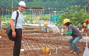 Στέλιος Πλαϊνιώτης, Κουάλα Λουμπούρ Μαλαισία, ΝΕΑ ΠΟΛΗ