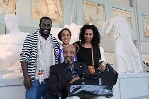 Μαζί με τον Debebe Eshetu στο μουσείο της Ακρόπολης