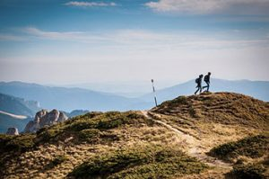 hiking πεζοπορία trekking