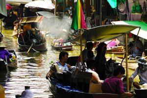 Η πλωτή αγορά Νταμνοέν Σαντουάκ (Damnoen Saduak)