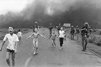 Το κορίτσι που κάηκε από ναπάλμ στο Βιετνάμ