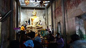 Wat Bang Kung ένας μοναδικός ναός στην Ταϊλάνδη