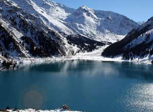 Εθνικό Πάρκο Ile-Alatau, φαράγγι Turgen, ποταμός Chemolgan στο Καζακστάν