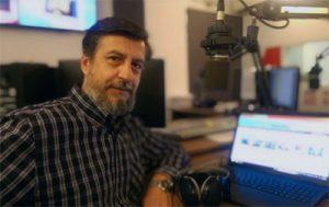 Γιάννης Ξυνόπουλος: Με το ραδιόφωνο έχω έρωτα