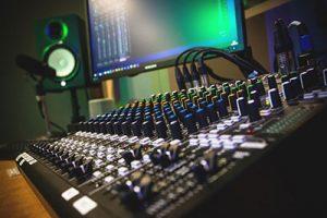 Radio studio ραδιόφωνο