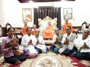 Βουδιστές μοναχοί στο Λάος