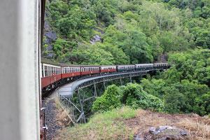 Train Τρένο